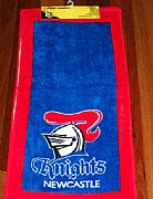 NEWCASTLE-KNIGHTS-HAND-TOWEL-SET-OF-2-NEW-AUSTRALIA