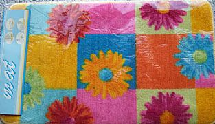 AQUA-BRIGHT-COLOUR-FLOWERS-BATH-RUG-MAT-NEW-BACKED-NON-SLIP-75-CM-X-45-CM
