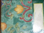 TULIPS-DESIGNER-TABLECLOTH-GREEN-150-cm-X-260-cm-NEW-COMMERCIAL-FLORAL