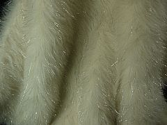CREAMY-WHITE-FAUX-FUR-THROW-BEDSPREAD-WITH-GLITTERING-SILVER-180-CM-X-250-CM