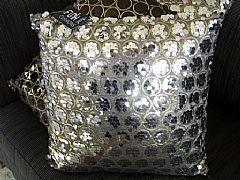 SEQUINS-&-CIRCLES-SILVER-&-GOLD-CUSHION-40-cm-X-40-cm-SQUARE-NEW-DESIGNER