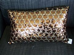 SEQUINS-&-CIRCLES-CHOCOLATE-&-GOLD-CUSHION-30-cm-X-50-cm-RECTANGLE-NEW-DESIGNER