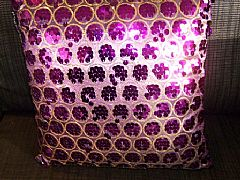 SEQUINS-&-CIRCLES-PURPLE-&-GOLD-CUSHION-40-cm-X-40-cm-SQUARE-NEW-DESIGNER-BARGAIN